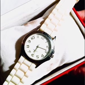 Other - Men's oversized wristwatch